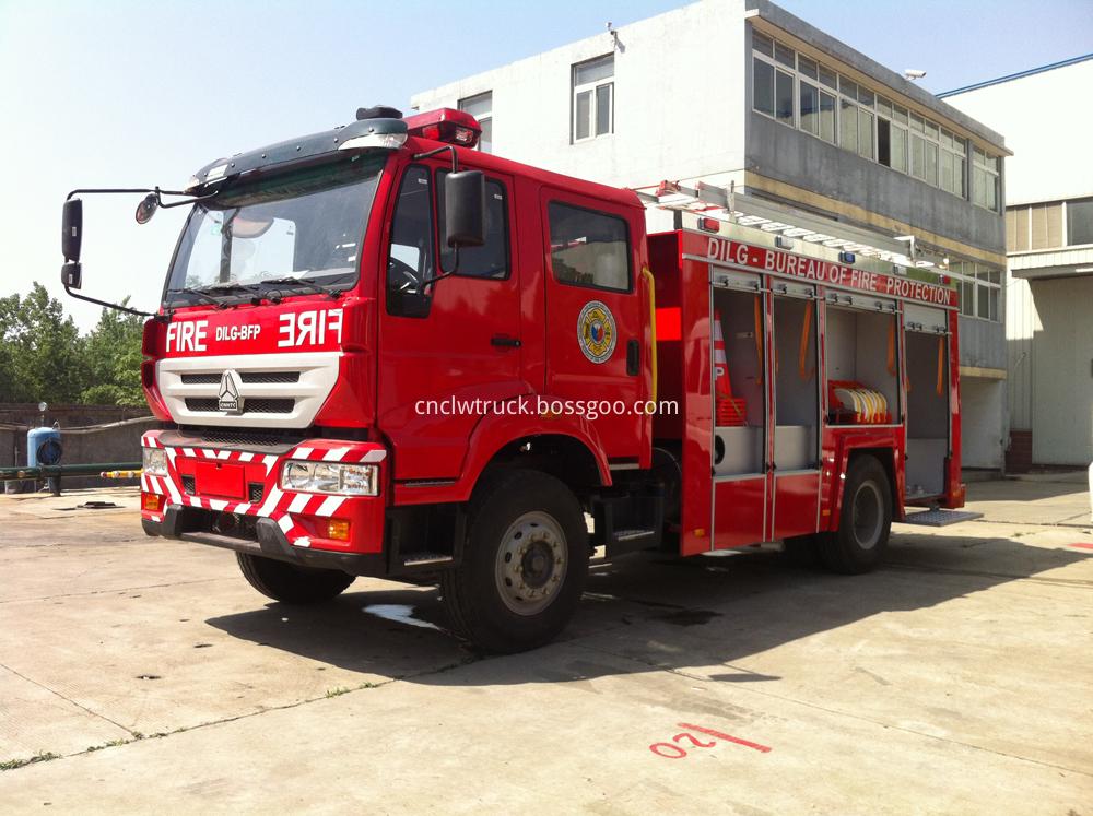water foam fire truck