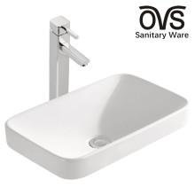 Badezimmer-Wäsche-künstlerischer Speiseraum sinkt Becken