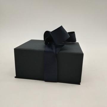 Boîtes à bijoux personnalisées noires bon marché pour colliers