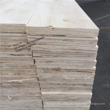 Pizarras LVL de pino utilizadas para palets.