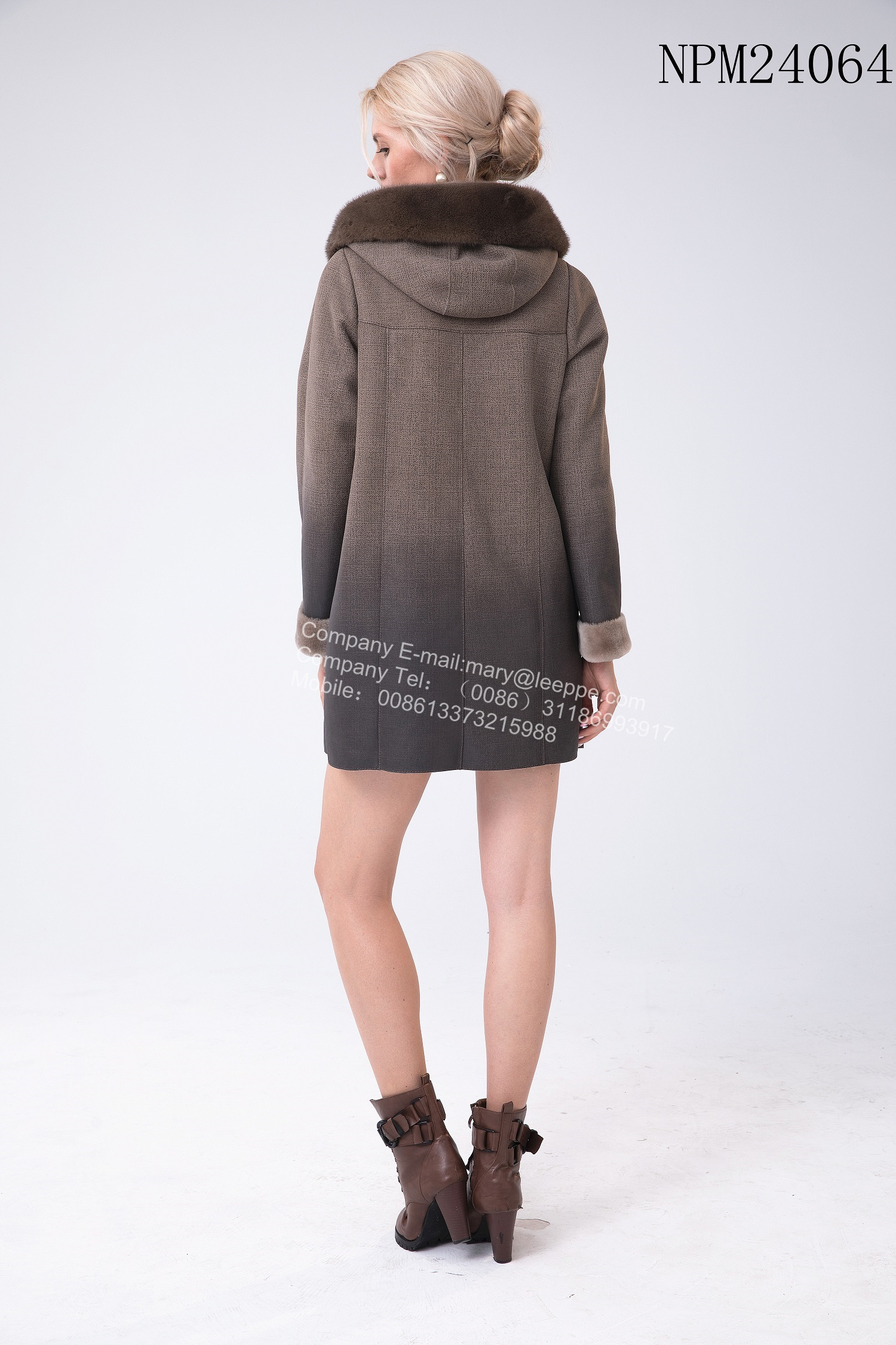 Winter Short Shorn sheepskin Hooded Jacket