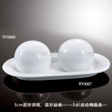 Saludable duradero de porcelana blanca horno seguro salero