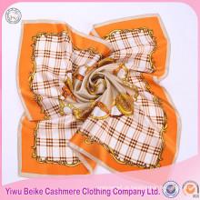 Mulheres de qualidade superior Fashion Neck Accessory Silk Square Scarf