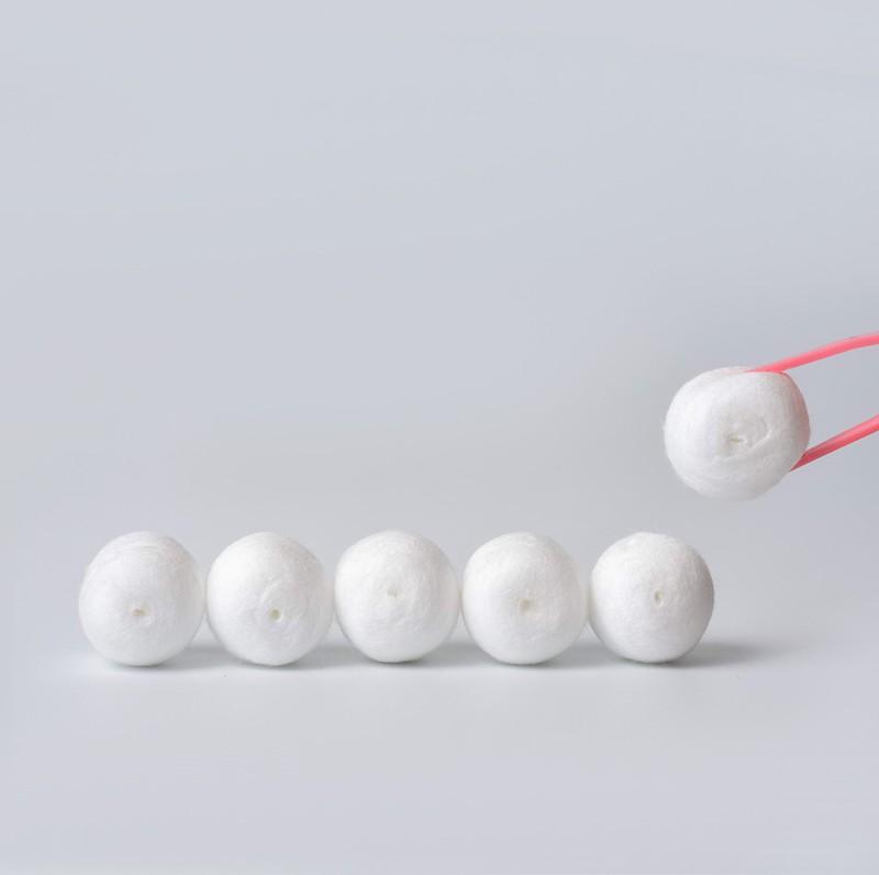 Skimmed Cotton Balls