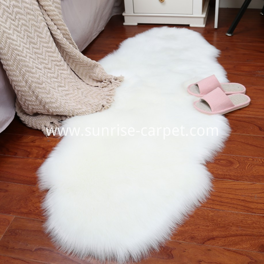 Faux fur flooring carpet for home white color animal shape