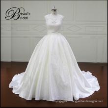 Fantaisie belle robe de mariée dentelle étage longueur Mikado