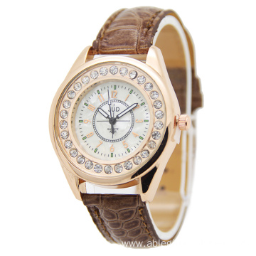 Rhinestone Big Case Watch for Modern Women