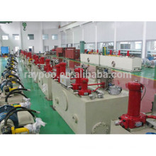 O sistema hidráulico é aplicado ao cortador de tesoura hidráulico