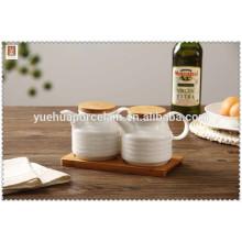 Cruet en céramique de qualité supérieure avec plateau en bambou