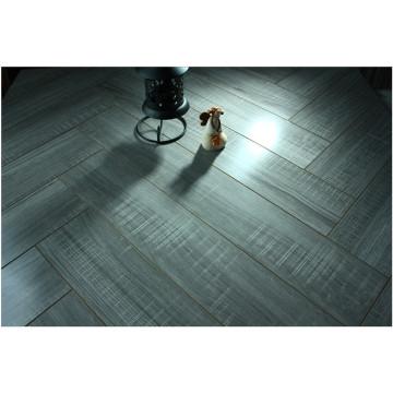 12.3mm Spiegel-Eiche Water Resistant V-gerillter lamellierter Bodenbelag