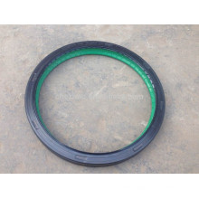 Dongfeng truck oil seal assy for front axle wheel hub 31Z01-03080