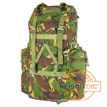 Tactical Bag adopts high strength 1000D nylon with thick nylon thread stitching