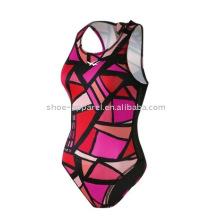 Um pedaço swimsuit mulheres amostra disponível