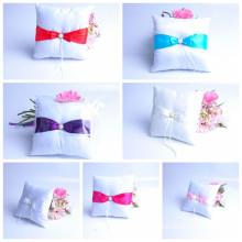 venta al por mayor de la fábrica venta alta calidad hermosa boda decoración portador almohada almohada