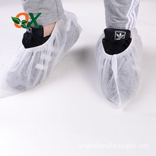 Hot sale factory direct price non slip reusable pe shoe covers
