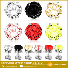 Cubic Zirconia Earrings Round Cut Claws Setting Acero inoxidable 316L Ear Piercing Studs