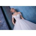Élégante épaule hors empire une robe de mariée en ligne avec châle HA587