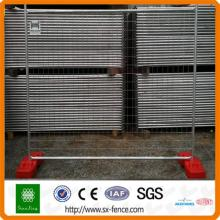 Temporary removable pipe fence