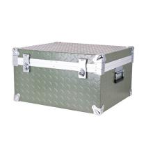 La caja de herramientas de aluminio Strong 2016