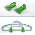 Clipes de cabide de cor verde para cabides flocados