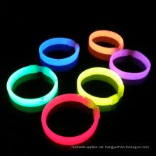 Glow Einzelhandelspackung Triple Wide Armband