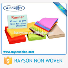 Preço favorável resistente ao calor, impresso e descartável toalha de mesa