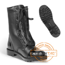 Tactical Boots of Superior Cowhide Leather with Exquisite Sewing Technology