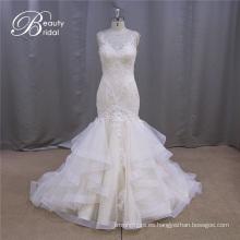 Sirena de vestido de novia multicapa