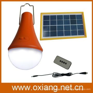 Lampe de camping solaire extérieure avec télécommande