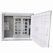 Wandmontierte FTTH-Infobox für Innen- und Drop-Kabel