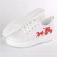 Zapatos de mujer Zapatillas de deporte de la nueva manera Comfort Skateboard Shoes Snc-71004
