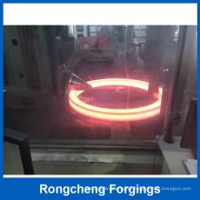Hot Rolamento de anel quente de 5000 mm para anéis grandes