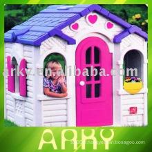 Kid Plastic Toy House - Maison au chocolat