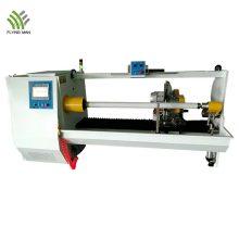 Machine de découpe automatique de rouleaux d'isolation en PVC à arbre unique