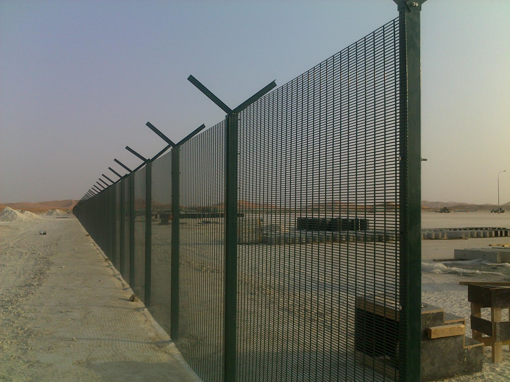 China Black Coated High Security Fencing Manufacturers