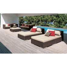 Canapé meuble de jardin romantique tout temps