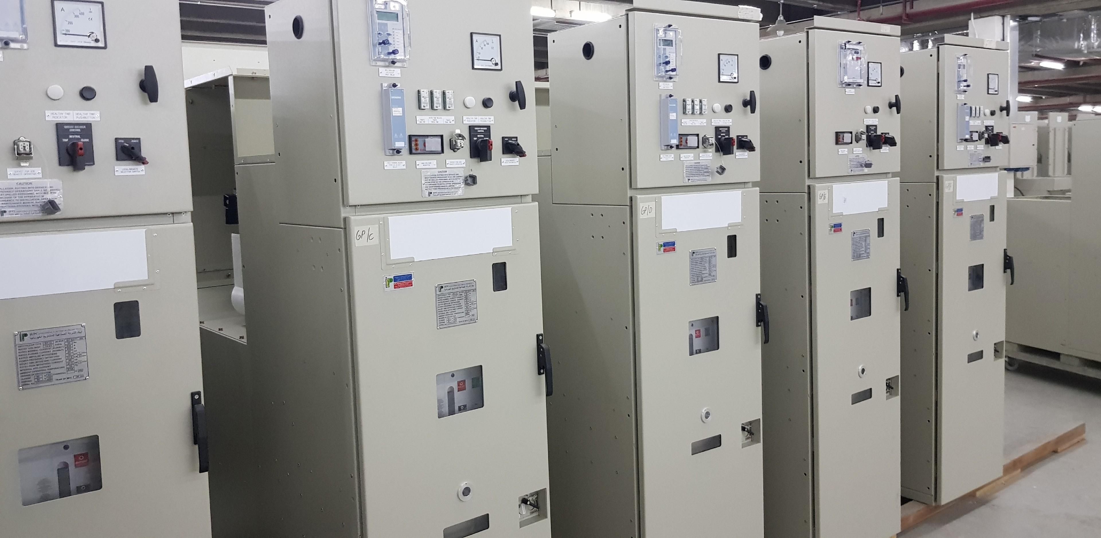 7sr11-reyrolle-panel