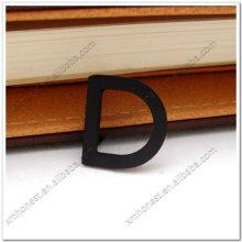 Металлическая буква D