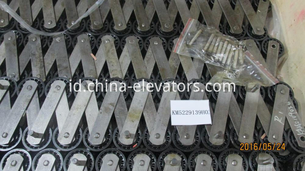 KONE Escalator Step Chain KM5229139H01