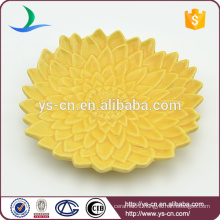 Hot sale beautiful yellow flower design ceramic plates