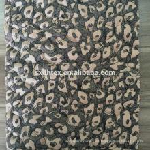 acolchado a tejido estampado, 100% poliéster tejido bordado para capa, chaqueta y ropa