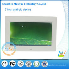 1024*600 high Resolution LCD digital frame 10.1 with wifi