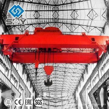 Двигателем электрическая лебедка мостового крана склада