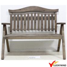 Country Style Antique Chaise de jardin en bois à l'extérieur