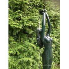 estatua de agua de estanque de jardín estatua bronceada de mujer