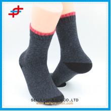 La meilleure qualité Think Needle High Cushion Brush Socks Chaussettes à brosse acrylique