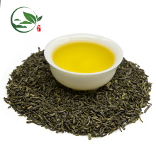 Lose grüne Teeblätter, grüner Tee
