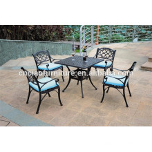Table carrée et chaises KD en aluminium