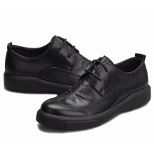 Sapatos de couro para homem clássico