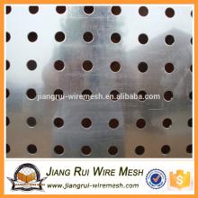 Hochwertiger bester Preis Kundenspezifische Form Perforiertes Metallgewebe
